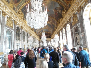 The Hall of Chandeliers... and people. At this point I got claustrophobic and had to find the exit.