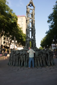 Statue of the human tower along the rambla